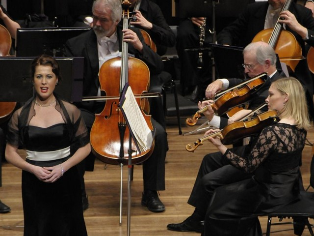 Carleen Ebbs performing with NZSO