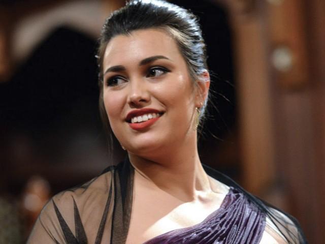 2014 NZ Aria winner Isabella Moore